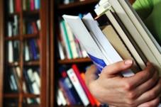 livres-a-la-main_257481.129